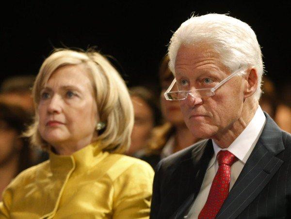 Bill und Hillary Clinton als Zuhörer - hier bei einer Rede von Tochter Chelsea vor dem Familien-Thin Tank Clinton Global Initiative in New York im September 2014. (Foto: dpa)